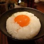 シャンパン&醤油バー フルートフルート - ☆黄身の濃いめの卵ごはん(#^.^#)☆