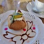 ラ・メール りんごの木 - 栗のオムレット¥432