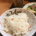沖縄そば やんばる - 定食のご飯、人参入り