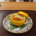 60919598 - 牡蠣の南蛮漬けとなますの柚子釜