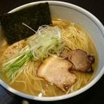 麺処 びぎ屋 - 白醤油ラーメン\782-