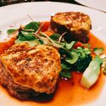 ヴィニュロン - 『シャロレー仔牛フィレ肉のロティ』様、ベアルネーズソースのグラチネ・・・分からんww