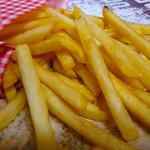 B+Booth ふらり - フライドポテトの味は、塩•コンソメ•カレーの3種。全てオリジナルフレーバーです。
