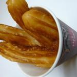 B+Booth ふらり - チュロスは食べやすいミニサイズ。味はプレーン•シナモン•ハニーの3種です。