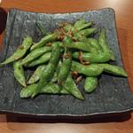 なるなる - 枝豆ガーリックバター 350円