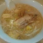 らーめん 虎の介 - 料理写真:こってりニンニク味噌野菜らーめん(750円)