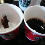 スターバックスコーヒー - 試飲のクリスマスブレンドとケーキ