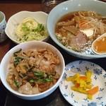 60940899 - 生姜焼丼+ラーメン