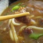 うどん・そば吉野 - 近江牛サイコロは良く煮込まれ食感はgood