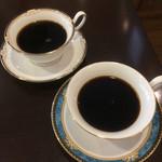 スリーペンギンズコーヒーアンドロースター -