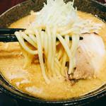 60946320 - 味噌麺リフト