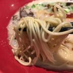 博多一風堂 - 角刃麺線22番(中細ストレート)