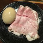 らーめん本竈 - 味玉+真空調理チャーシューをTP