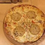 レストラン パサルガダエ バビル - ソーセージピザからのメニュー変更 手作りハムのピザ 600円