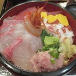 60957899 - 海鮮丼