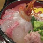 60957917 - 海鮮丼