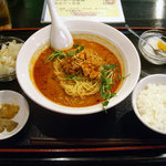 四川料理 福楽 - 「坦坦麺+小ライス」750円