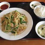 天興飯店 - 料理写真:餃子セット 780円