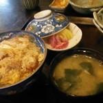 まるよし - カツ丼750円