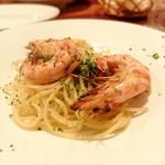 チリエージョ - 大きめ海老のペペロンチーノスパゲッティ
