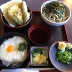 そば処 太平 - 料理写真:サラダ付!ではないとの事です!ドンマイ!(笑)