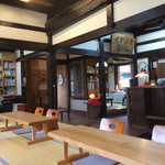 文化喫茶 郷愁 - 店内の様子