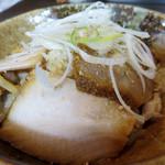 手打ち麺 やす田 - 焼豚丼(小)300円