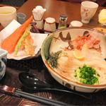 60973155 - ぶっかけうどん天ぷらセット(赤天)