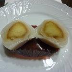 6098184 - 焼りんご餅を切り口