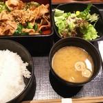 60980580 - (ランチ)豚カルビ焼き定食
