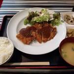 イタリアンサンシーロ - カツレツセットをいただきました。オドロキの680円です☆