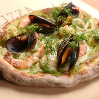 ピザ窯で焼き上げる本格Pizza
