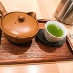 茶CAFE 竹若 - 番茶(抹茶入り玄米茶)