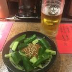 ラーメンBAR やきそばー HIT - たたききゅうり ビール