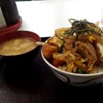 ひら川 - 味噌汁付