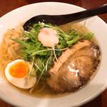 60999718 - 汐ラーメン 弐 (豚)中太麺