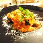 香材創作食房 アーユ - ランチコース 1950円 鶏肉のトマト煮
