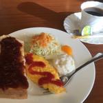 華日和 - 料理写真:ブレンドコーヒー400円と小倉トーストのモーニング