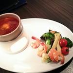61010290 - 季節野菜と海老のチリソースフォンデュ1600円
