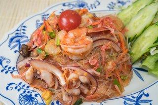 タイ料理サバイ・サバイ - ヤムウンセン(春雨のスパイシーサラダ)