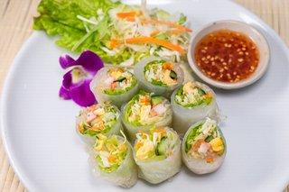 タイ料理サバイ・サバイ - ポッピア・ソッ(生春巻)