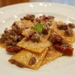タヴェルナ・イル・ヴィアーレ - クリスタィアーテ(豚のラグーとドライトマトのソース)