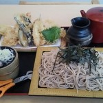黒潮庵 - 上穴子天ざる(蕎麦は大盛りで注文)