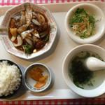 福龍 - 酢豚定食=730円 ※ランチタイムメニュー