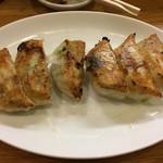 餃子会館 - 焼き餃子400円