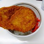 秩父そば - 料理写真:わらじカツ丼