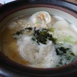 焼肉・韓国料理 ソウル家 - もち餃子のスープ。