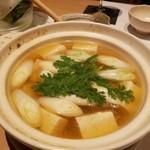 和食 ひと塩 - マグロのつみれ鍋