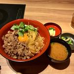 Tajimayatsuruman - 神戸牛すき焼き丼