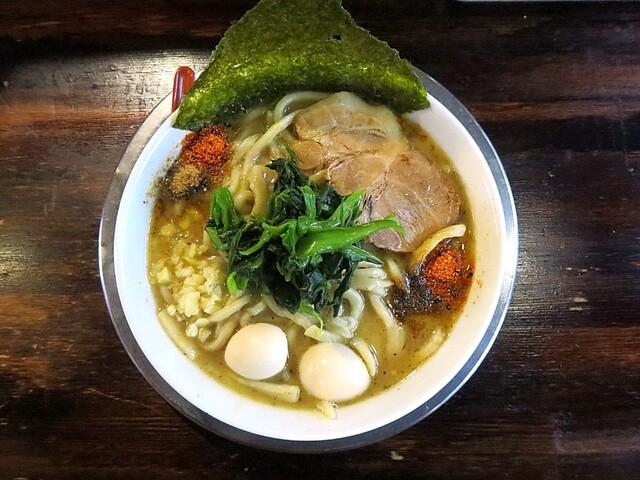 ラーメン ヤスオ - ラうどん(200g)+熱々、うずら玉子